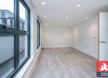 2 bed property to rent in Long Street, London E2