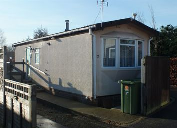 Thumbnail 1 bedroom mobile/park home for sale in Medway Grove, Didcot