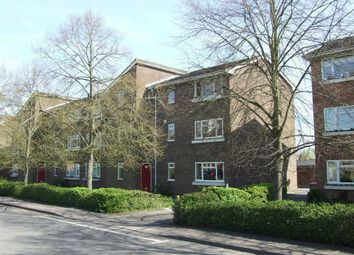 Thumbnail 2 bedroom flat to rent in Boundary Road, Newbury