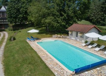 Thumbnail 5 bed property for sale in Auvergne, Cantal, Vitrac