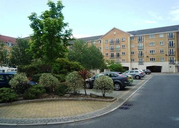 Thumbnail 2 bedroom flat to rent in The Dell, Shirley, Southampton
