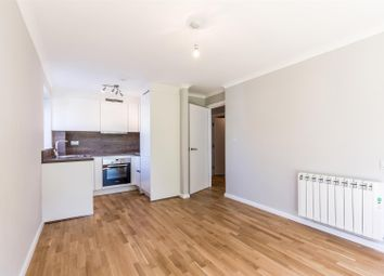 Thumbnail 1 bed flat to rent in Fairoaks Grove, Enfield