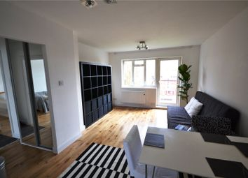 Thumbnail 2 bed flat to rent in Berwick House, Oak Lane, East Finchley