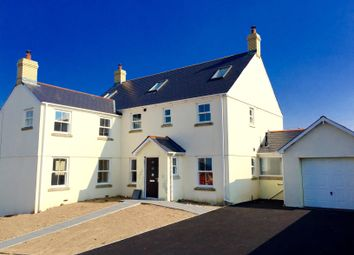 Thumbnail 6 bed property to rent in Kenfig Mews, High Street, Bridgend
