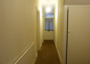 Thumbnail 2 bed flat to rent in Oswald Terrace, Temple Road, London