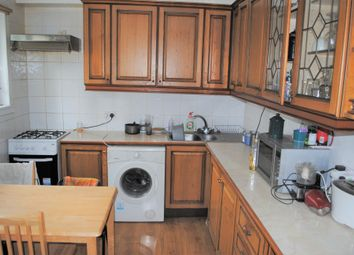 Thumbnail 3 bed flat to rent in Hornsey Road, Arsenal