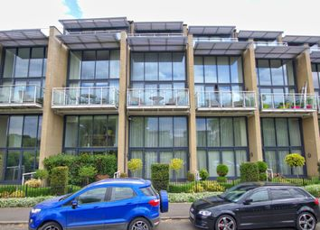 Thumbnail 2 bed flat to rent in Riverside, Cambridge