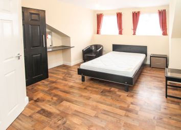 Thumbnail Room to rent in Room 3, Stratford Terrace, Beeston