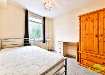 Thumbnail 5 bed shared accommodation to rent in Park Crescent Road, Brighton