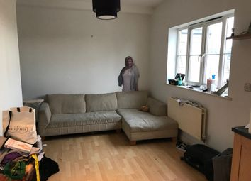 Thumbnail 3 bed flat to rent in Kelly Avenue, London