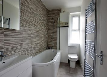 Thumbnail 1 bed flat for sale in Overcliffe, Northfleet, Gravesend