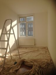 Thumbnail 2 bed flat to rent in Bellegrove Road, Welling, Welling