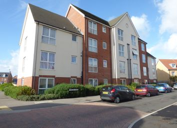 2 bed flat to rent in Hollist Chase, Wick, Littlehampton BN17