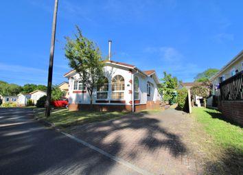 2 bed mobile/park home for sale in East Hill Road, Knatts Valley, Sevenoaks TN15