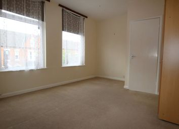 Thumbnail 1 bed flat to rent in Elm Tree Avenue, West Bridgford, Nottingham