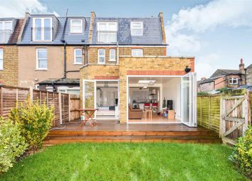 Thumbnail 2 bed flat for sale in Chatsworth Avenue, London