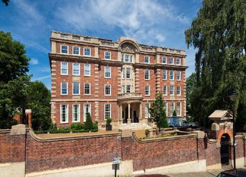 Thumbnail 2 bedroom flat for sale in Furnival House, Cholmeley Park, Highgate Village