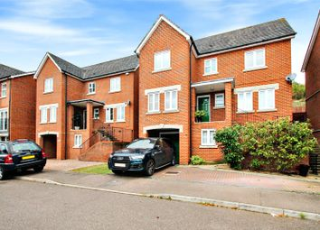 5 bed property for sale in Downland Walk, Chatham, Kent ME5
