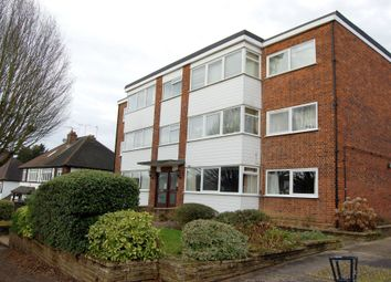 2 bed flat for sale in Fairlands Avenue, Buckhurst Hill IG9