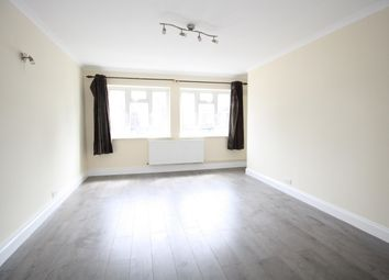Thumbnail 3 bedroom flat to rent in Baring Road, Grove Park, London