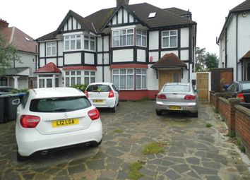 2 bed maisonette to rent in Ridge Avenue, Winchmore Hill N21
