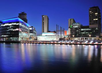 Thumbnail 1 bed flat to rent in The Heart, Mediacity UK, Salford Quays