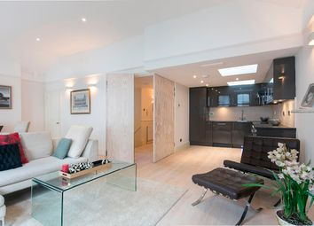 Thumbnail 3 bed flat to rent in Astwood Mews, London