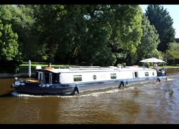 Thumbnail 2 bed houseboat for sale in The Ww, Windsor