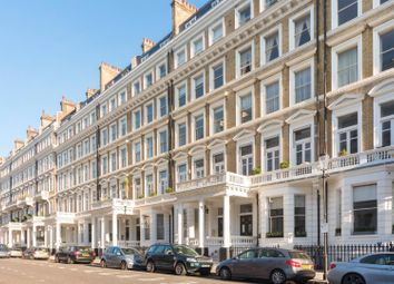 Thumbnail 2 bedroom flat for sale in Queens Gate Gardens, London