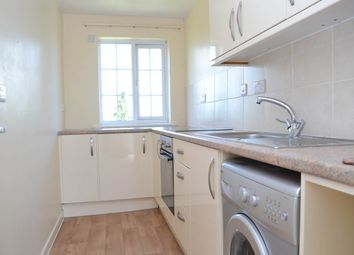 Thumbnail 1 bed flat to rent in Enborne Road, Newbury, Berkshire