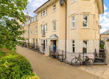 Thumbnail Flat for sale in St. Matthews Gardens, Cambridge