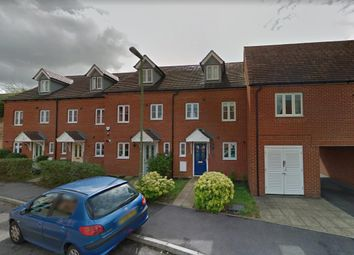 Thumbnail 3 bed town house to rent in Snowdonia Way, Stevenage