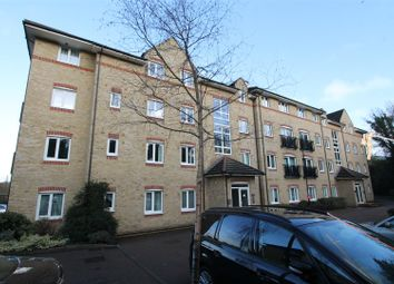 Thumbnail 2 bed flat to rent in Malin Court, Hardings Close, Boxmoor