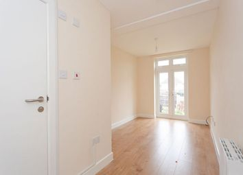 Room to rent in Dale Avenue, Edgware HA8