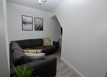 Thumbnail Room to rent in Moorside Road, Swinton, Manchester