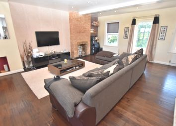 Thumbnail 3 bed flat for sale in North Approach, Watford