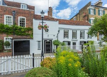 Thumbnail 5 bed property for sale in Gentlemans Row, Enfield