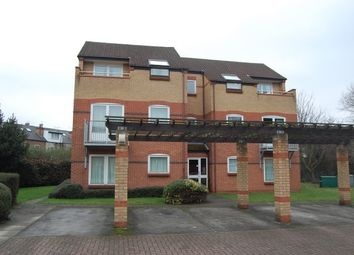 Thumbnail 2 bedroom flat to rent in 65 Tonnelier Road, Dunkirk