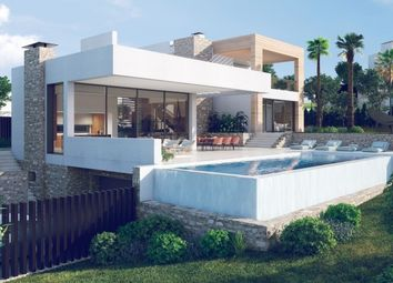 Thumbnail 4 bed villa for sale in Nueva Andalucia, Costa Del Sol, Spain