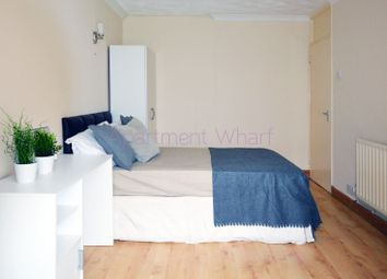 Room to rent in Dee Street, London E14