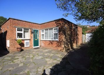 2 bed property to rent in Vincent Road, Isleworth TW7