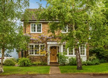 Thumbnail 4 bed detached house for sale in Orchard Close, Edenbridge