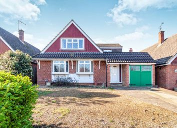 Thumbnail 4 bed detached house to rent in Copse Drive, Wokingham