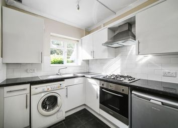 2 bed flat to rent in Arlington Lodge, Weybridge KT13