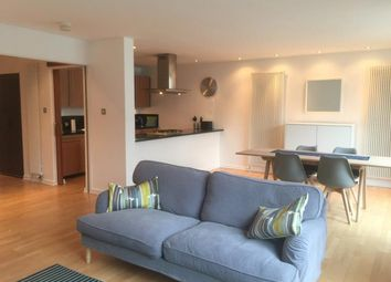 2 bed flat to rent in Gardner's Crescent, Edinburgh EH3
