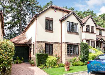 Pinecroft Crescent, High Barnet, Hertfordshire EN5. 4 bed detached house