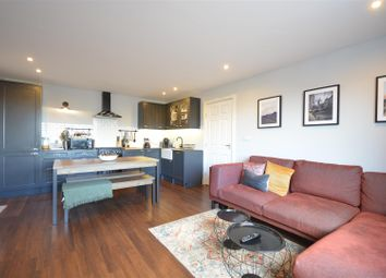 Church Street, Epsom KT17. 2 bed flat