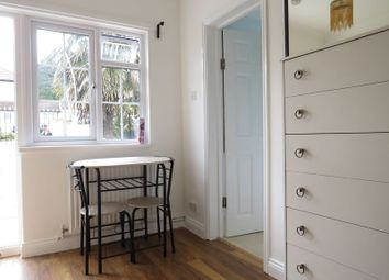 Thumbnail Studio to rent in Aldrich Crescent, New Addington, Croydon