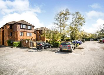 Earlswood Road, Redhill, Surrey RH1. 2 bed flat for sale