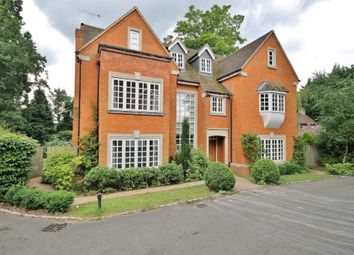 Thumbnail 8 bed property to rent in Wych Hill, Woking, Surrey